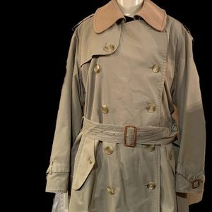Burberry trench coat weather large
